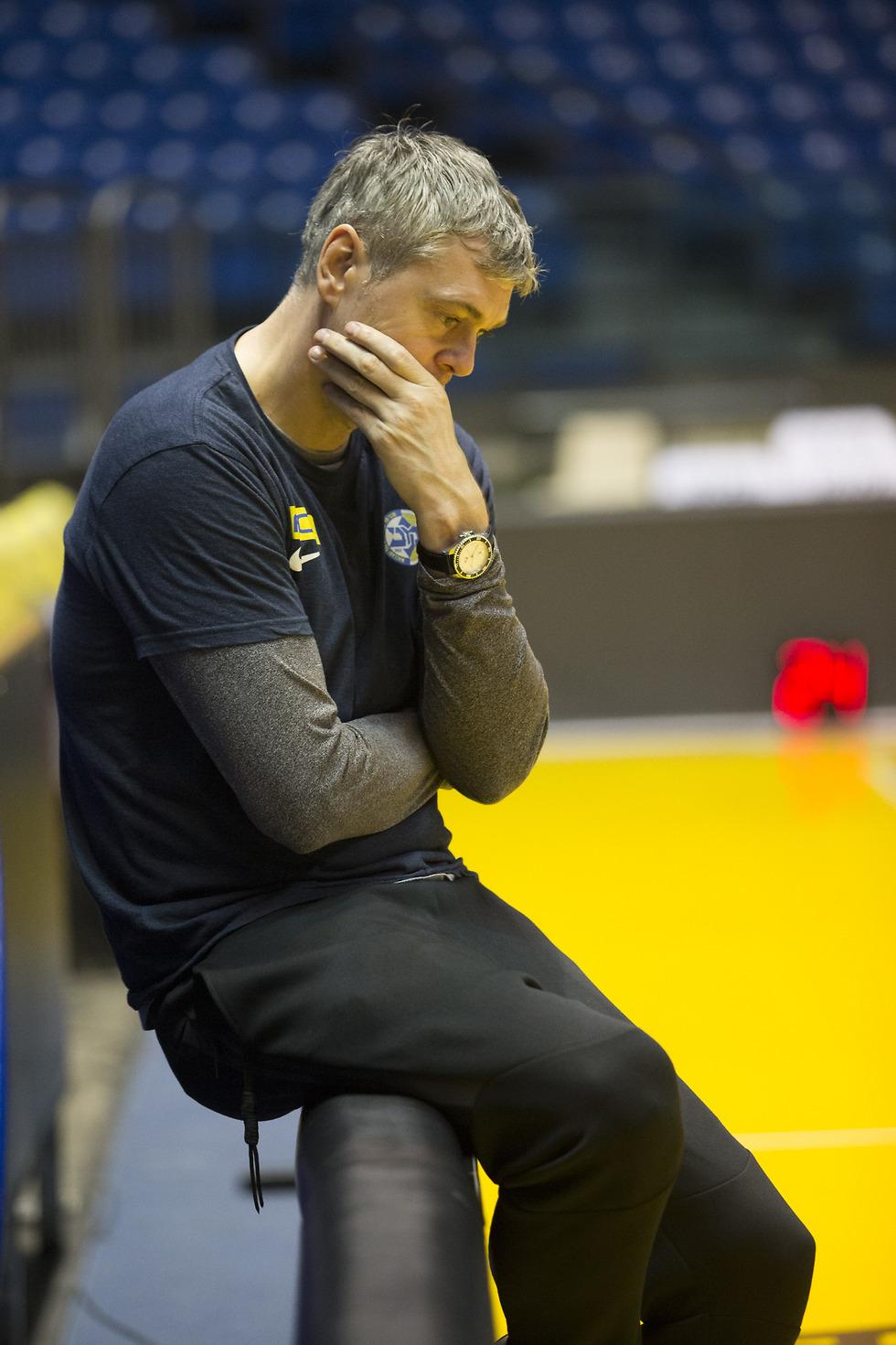יותר הפסדים, יותר דרמות, יותר גרוע. בגאצקיס (צילום: עוז מועלם) (צילום: עוז מועלם)