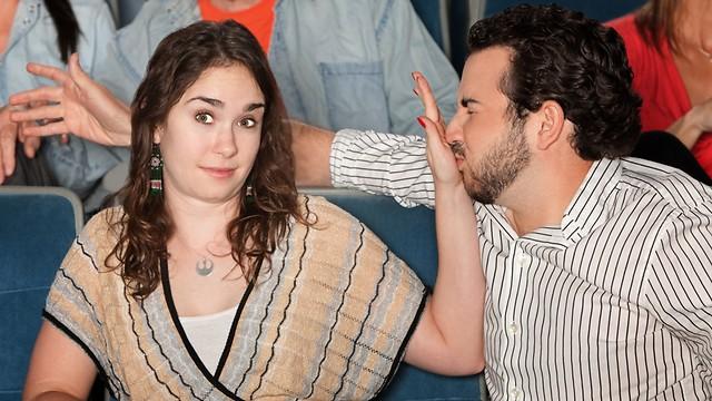 לא ימשיכו את מערכת היחסים בגלל ריח רע מהפה (צילום: shutterstock) (צילום: shutterstock)