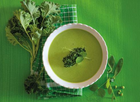 מרק ירוק (צילום: יוסי סליס, סגנון והכנה: נטשה חיימוביץ')