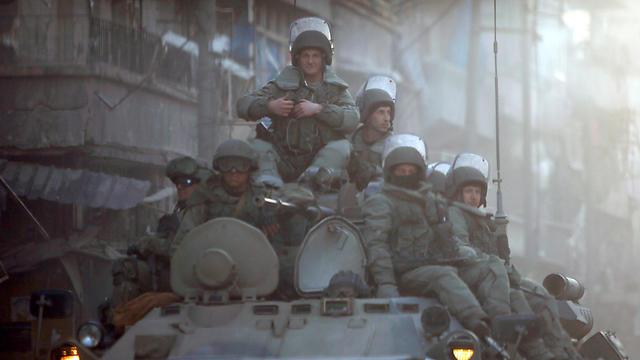 חיילים רוסים בחלב (צילום: רויטרס) (צילום: רויטרס)