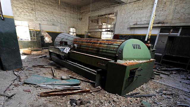 ענף התעשייה ספג מכה אנושה במהלך הלחימה (צילום: רויטרס) (צילום: רויטרס)