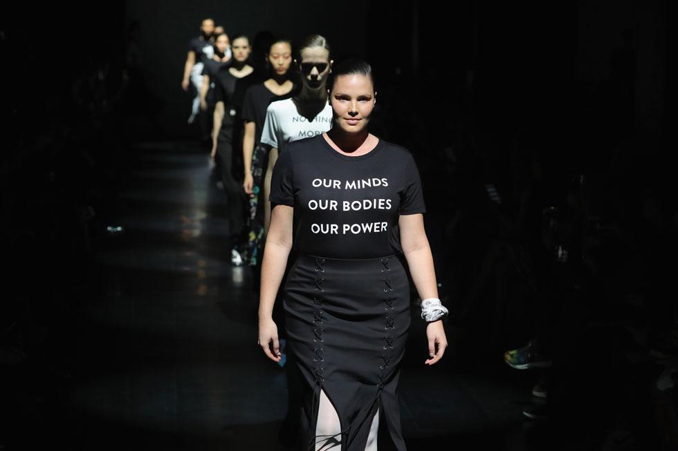 מעצבי האופנה ממשיכים להילחם בדונלד טראמפ. התצוגה של פרבל גורונג (צילום: Gettyimages)