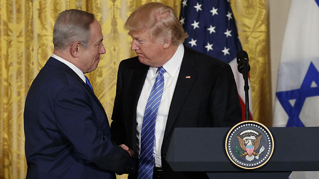 Trump and Netanyahu. His predecessors failed and he wants to show that he—the great Donald—is the only one who can do it (Photo: AP)