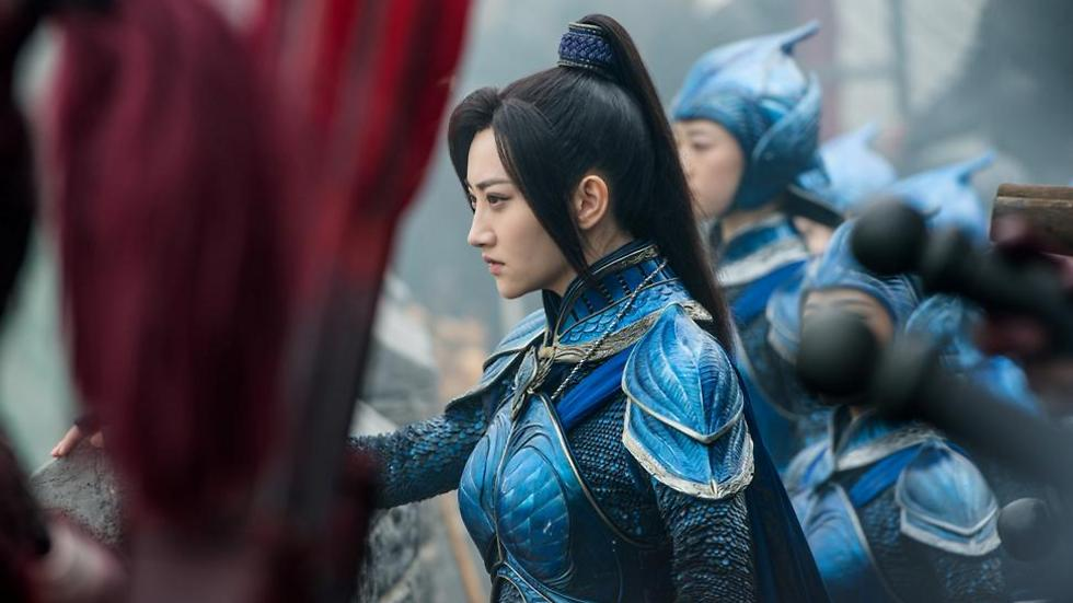 """לוחמת סינית ב""""החומה הגדולה"""" ()"""
