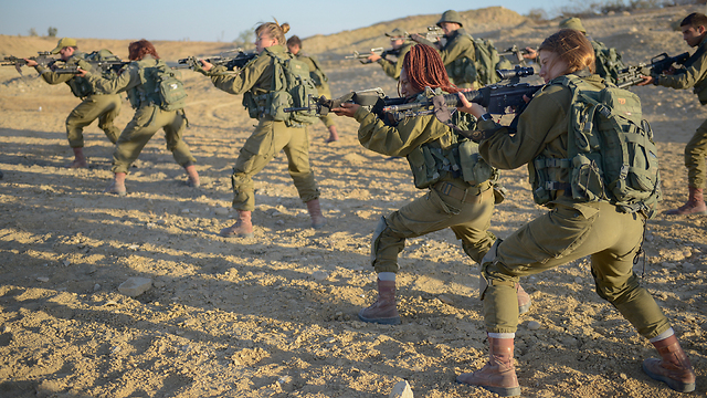 IDF female combat soldiers (Photo: IDF Spokesperson's Unit  )