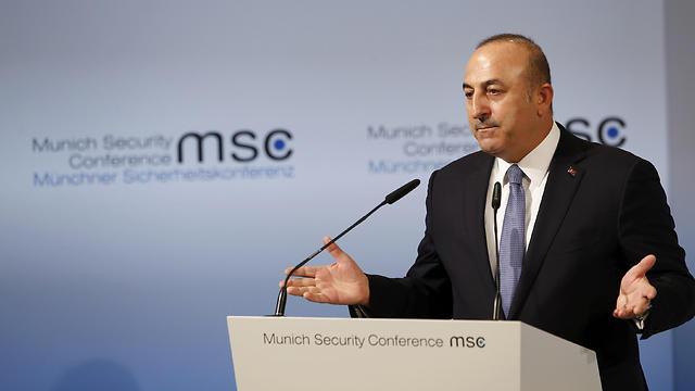 שר החוץ הטורקי. רוצים את הכספים ללא דיחוי (צילום: רויטרס) (צילום: רויטרס)