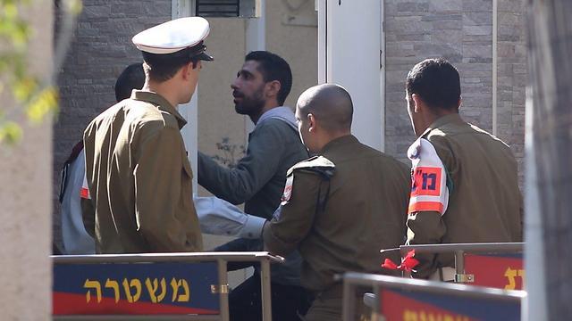 Azaria arriving for sentencing (Photo: Motti Kimchi) (Photo: Motti Kimchi)