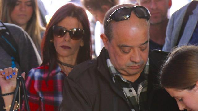 Azaria's parents arriving (Photo: Motti Kimchi) (Photo: Motti Kimchi)