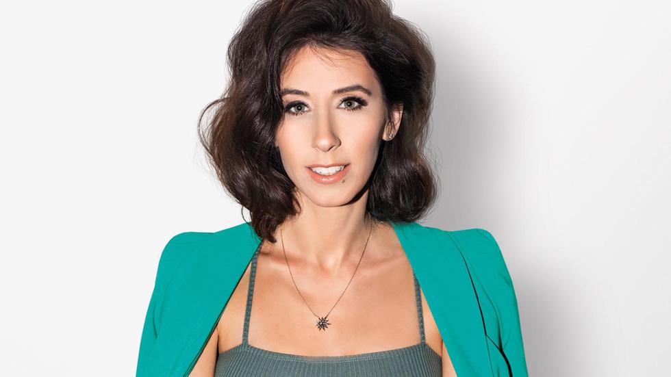אלונה זהר, בתה של ירדנה ארזי, תובעת מיליונים מאיראן