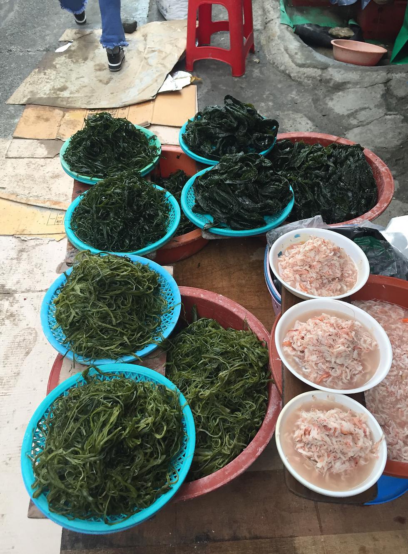 דוכן אצות ים בשוק