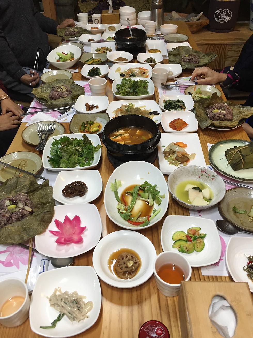 ארוחה קוריאנית מסורתית