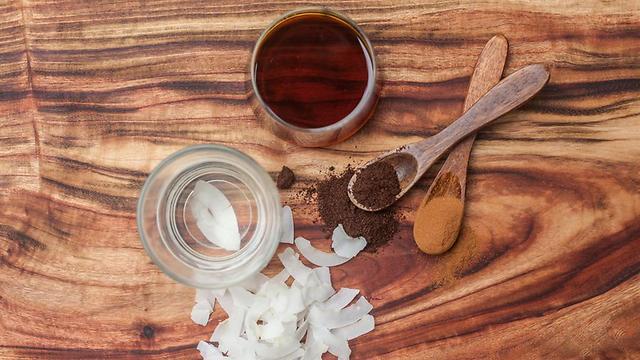אם זה לא יהיה פשוט, זה פשוט לא יהיה. להכין את הממתקים בבית (צילום: shutterstock)