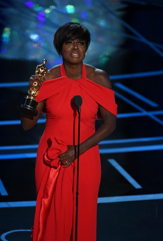 ויולה דיוויס. נאום בדמעות (צילום: AFP) (צילום: AFP)