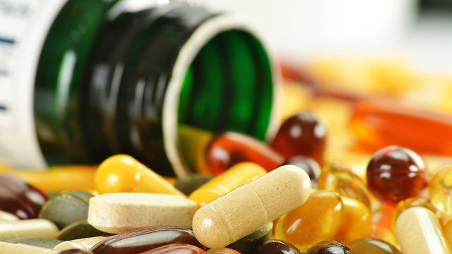 ויטמינים ותוספי תזונה להעלים את הלחץ (צילום: shutterstock) (צילום: shutterstock)