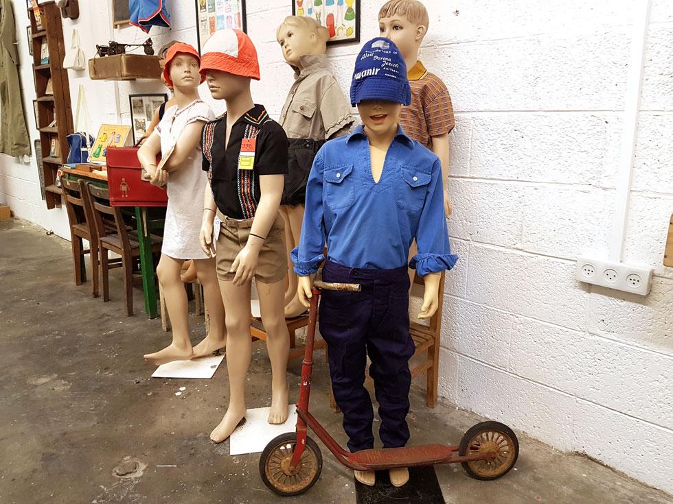 """""""היום רוב המוצרים מיוצרים בסין, בטח בתעשיית הטקסטיל. המוזיאון מבקש לשמר את אותם זיכרונות מישראל של פעם"""" (צילום: איתי יעקב)"""