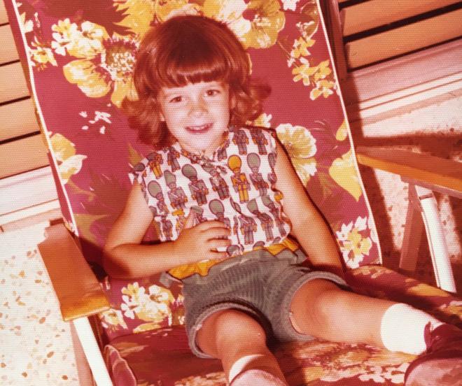 """בגיל שלוש. """"הייתי ילדה פראית וחסרת גבולות"""" (צילום: אלבום פרטי)"""