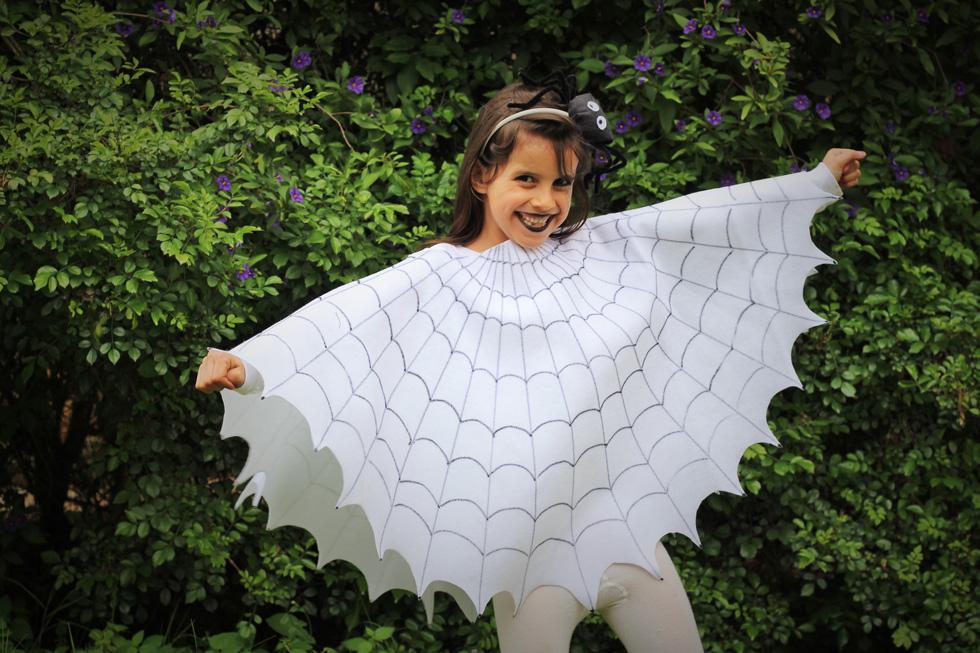 תחפושת של קורי עכביש. משתלבת מצוין עם תחפושת העכביש (צילום: ליטל כהן)