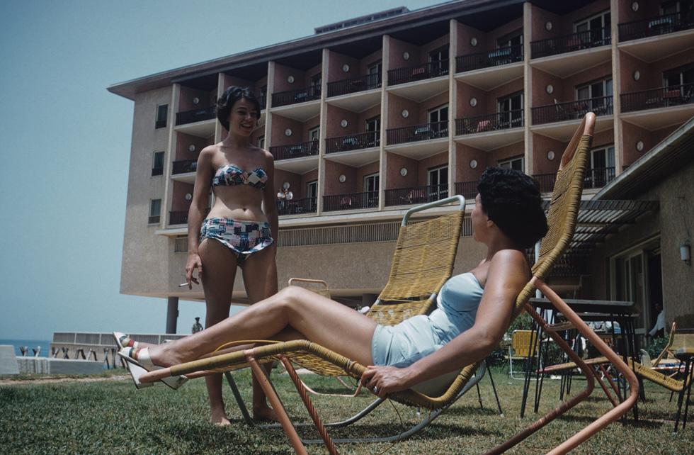 שנה אחרי מלחמת יום הכיפורים: נופשות במלון אכדיה בהרצליה (צילום: דוד רובינגר)