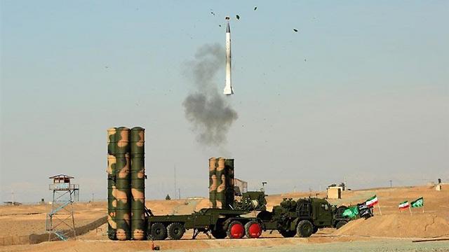 Испытания ЗРК С-300 в Иране
