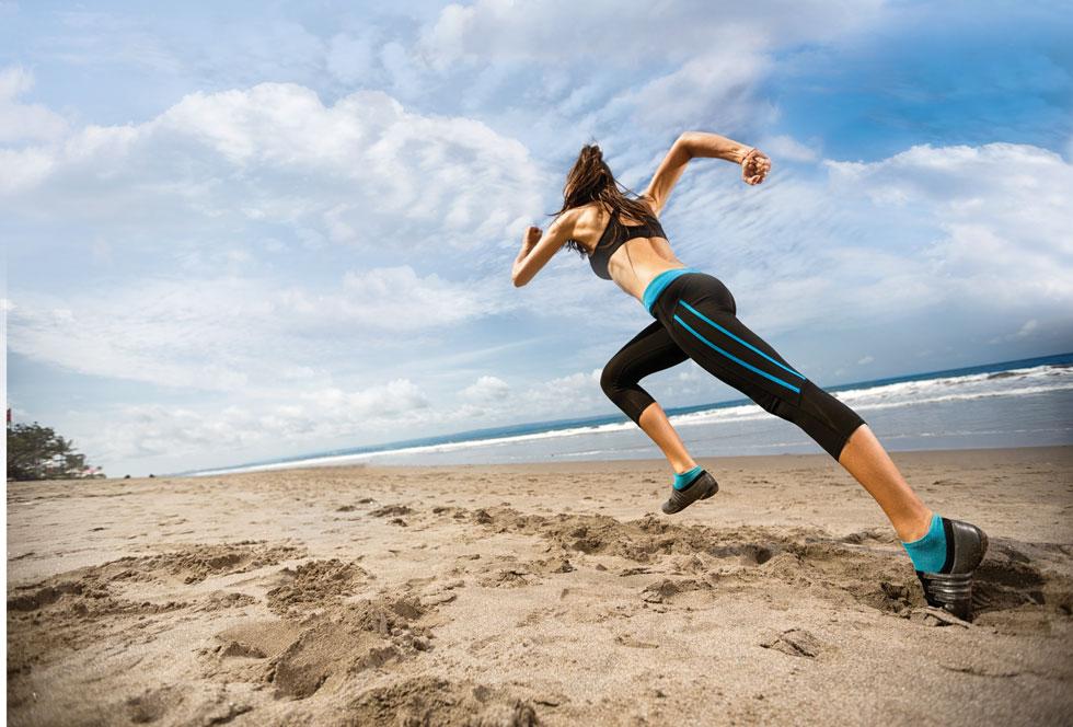 האם הטכנולוגיה הלבישה באמת מקדמת את האימונים שלכם? (צילום: Shutterstock)