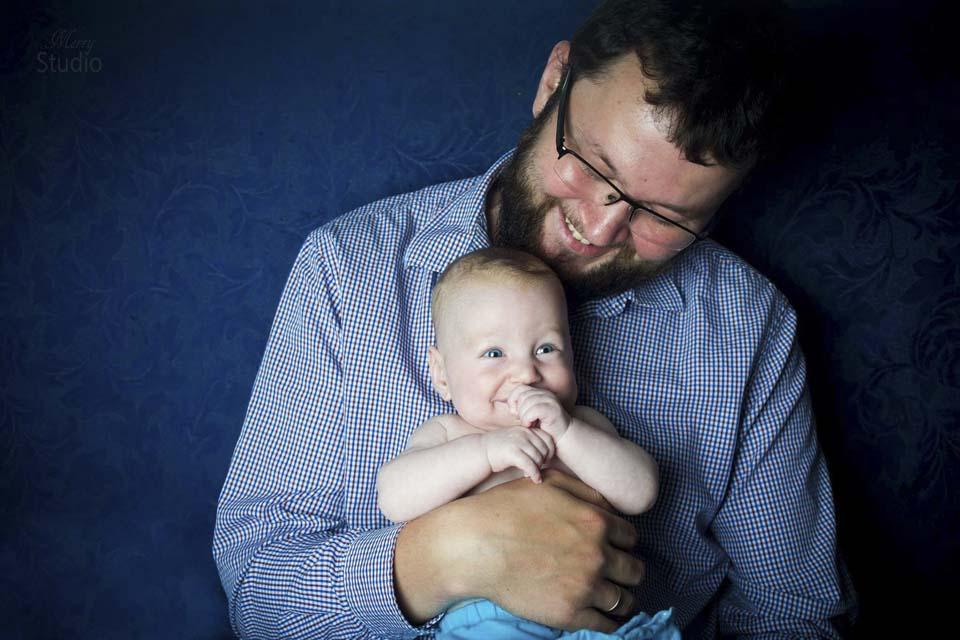Папа и маленькая Лея