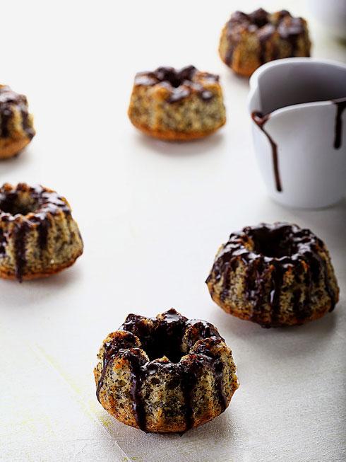 מאפינס פרג בציפוי שוקולד (צילום: אפיק גבאי)