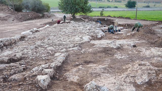 Excavating the Roman road (Photo: Assaf Peretz, courtesy of IAA)
