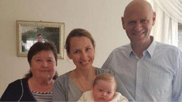 Дочь погибшего Германа Рожкова Галь Вероника с семьей