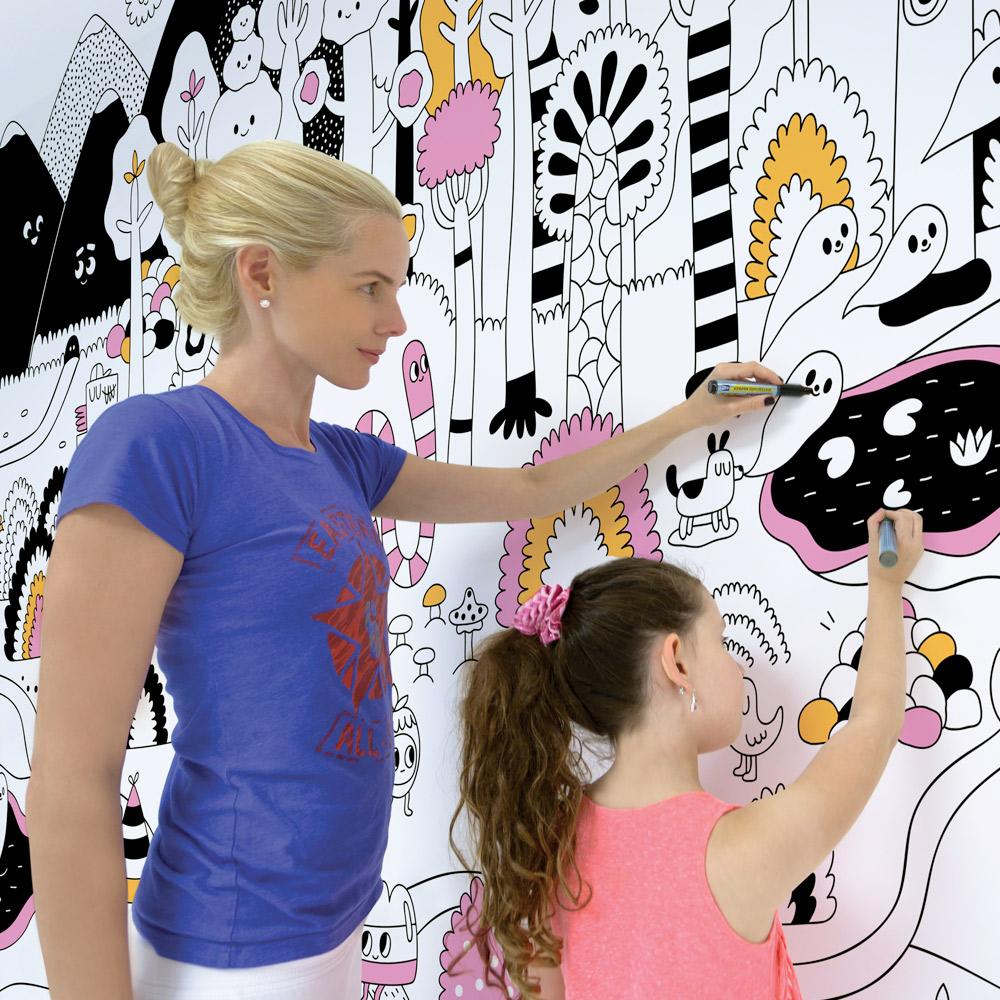 """טפטים שהילדים יוכלו לצבוע בעצמם, ולהרגיש שהם חלק מהתהליך.  (צילום: יח""""צ, באדיבות Wall & Paper ברעם) (צילום: יח"""