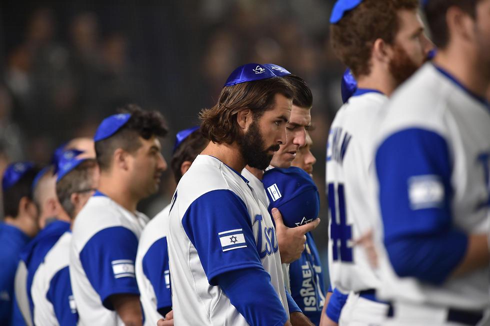 אפשר לחלום על כרטיס לטוקיו? שחקני הנבחרת (צילום: AFP) (צילום: AFP)