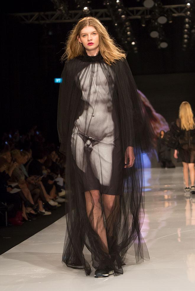 """יפעת עזרא, שנה ג', קורס """"שמלה בריבוע"""" (צילום: ענבל מרמרי)"""