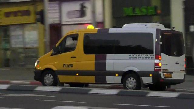 מונית שירות. יותר קווים, שימוש ברב קו (צילום: מתן טורקיה) (צילום: מתן טורקיה)