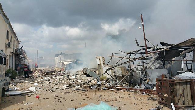 הרס רב בעקבות השריפה (צילום: כיבוי אש) (צילום: כיבוי אש)
