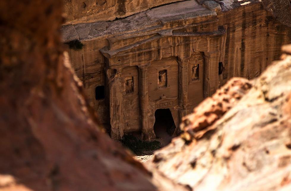 קברים בפטרה (צילום: רון פלד) (צילום: רון פלד)