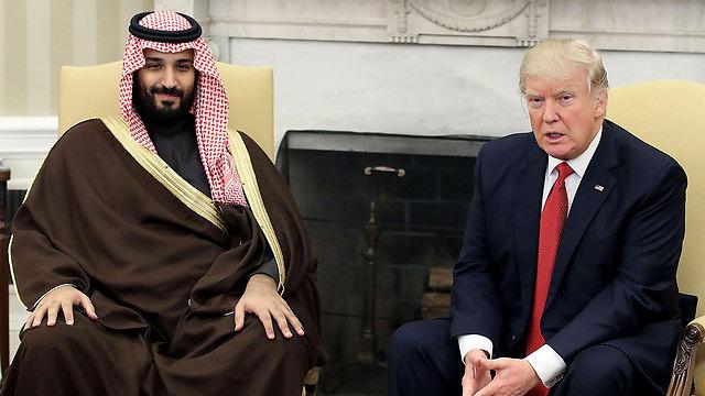 """מדיניות חוץ דורסנית. בן סלמאן עם נשיא ארה""""ב דונלד טראמפ (צילום: MCT)"""