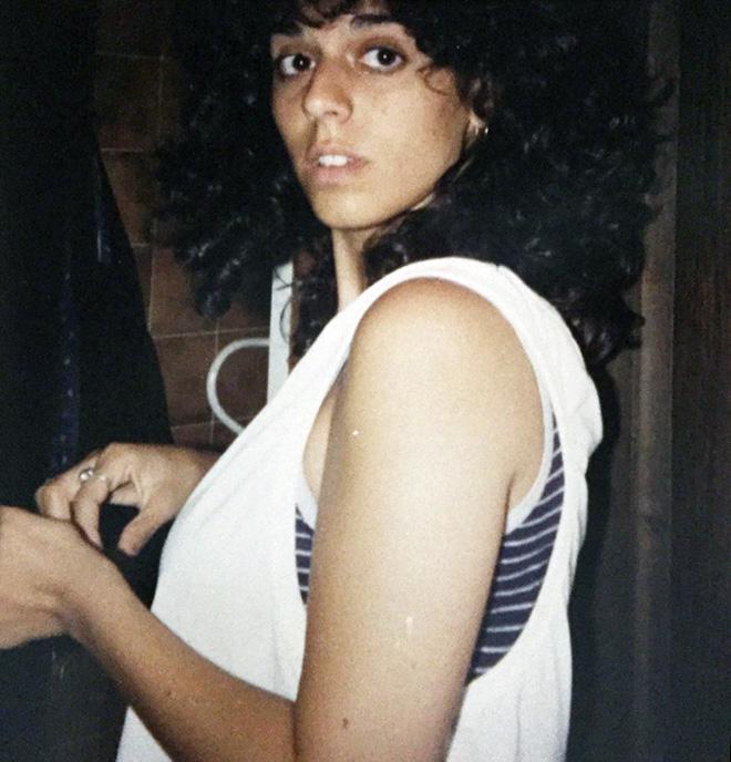 """לפני הגיוס לצה""""ל. """"הייתי הכי ילדה טובה - לא מעשנת, לא שותה"""" (צילום: אלבום פרטי)"""