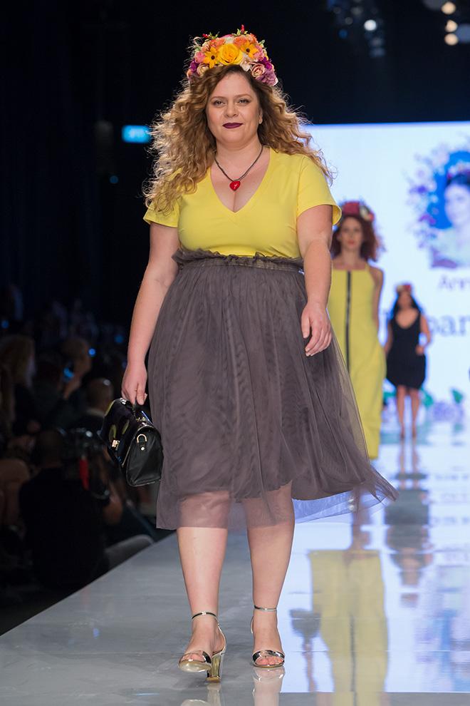 השמלות של לוקצקי עוטפות את הגוף עם הרבה אמפתיה (צילום: ענבל מרמרי)