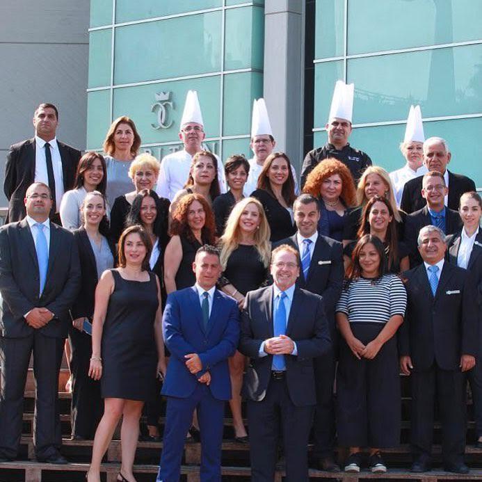 צוות ההנהלה של מלון קרלטון