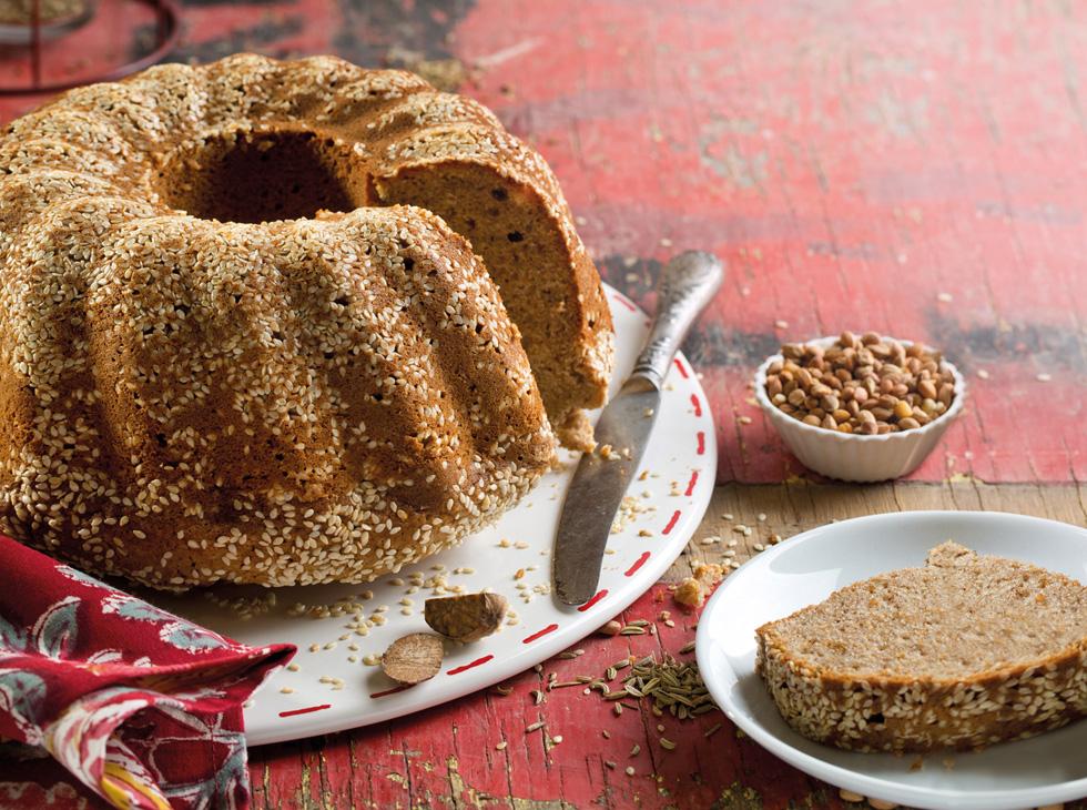 עוגת תבלינים  (צילום: בועז לביא, סגנון: נעה קנריק)