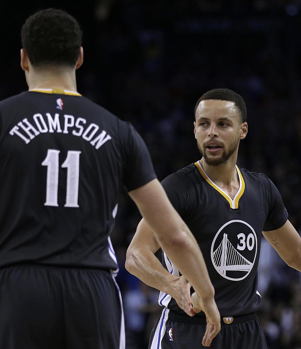 המאזן הטוב ב-NBA עדיין שלהם. קרי ותומפסון (צילום: AP)