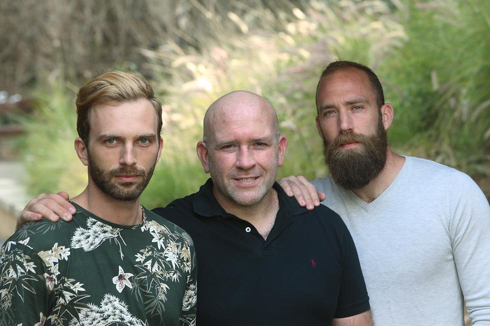 """דני (מימין), נתן ומיכה. """"שלושתנו היפראקטיביים, היינו צריכים להוציא אגרסיות"""" (צילום: צביקה טישלר)"""