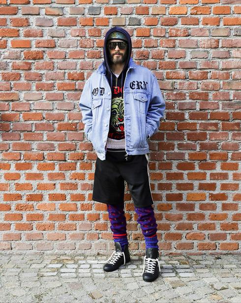 """""""בסרטים אני מוכן לעשות כל מה שצריך בשביל התפקיד, אבל בחיים הפרטיים אין לי שגרת טיפוח ואני בוחר את הבגדים שנוחים לי"""". לטו מגיע לתצוגה של גוצ'י בשבוע האופנה במילאנו (צילום: Gettyimages)"""
