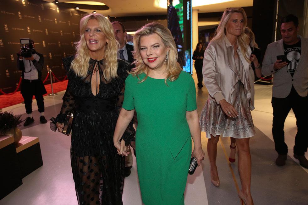 הוזמנה כאורחת כבוד לשבוע האופנה: שרה נתניהו עם הסטייליסטית הצמודה סנדרה רינגלר (צילום: אלירן אביטל)