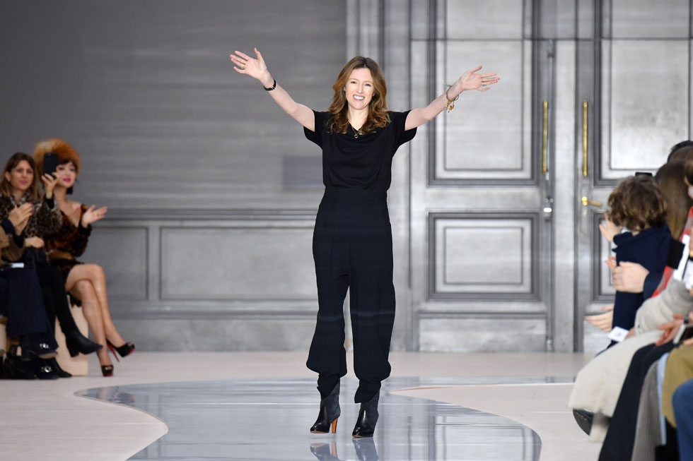 קלייר ווייט קלר. מאז פרישתו של המייסד הובר דה ז'יבנשי עמדו בראש בית האופנה גברים בלבד (צילום: Gettyimages)