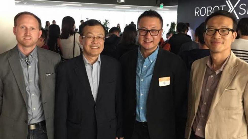 @(copy_from_editor)@לים דונג ווק, לים דאוק, ג'אונגי ג'י האו ובארט פרקמאן
