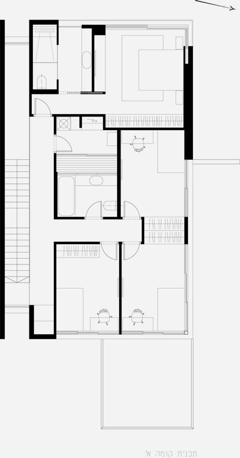 תוכנית קומת חדרי השינה (תוכניות: סמט אדריכלים)