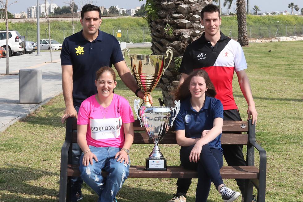 שחקני הפיינלסטיות: סמולר, דבדה, אורינגר ואלבז (צילום: אורן אהרוני)