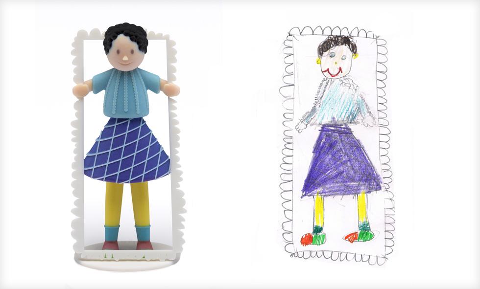 הציור של פייגי, והבובה שהנפיש ''פלג דיזיין''. הילה רוגוזיק ודור כרמון, שיזמו וניהלו את הפרויקט, פנו לכשלושים מעצבי מוצר מהשורה הראשונה. לא היה אחד שסירב (צילום ציורי ילדים: באדיבות סטודיו דור כרמון, צילום הבובות: יורם רשף)
