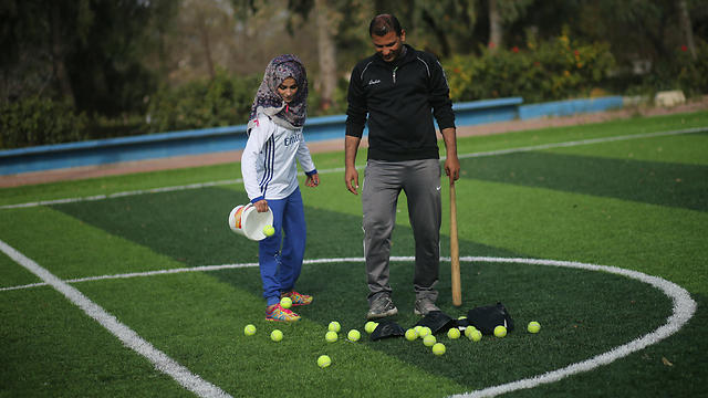 Coach Tafesh (Photo: Reuters) (Photo: Reuters)