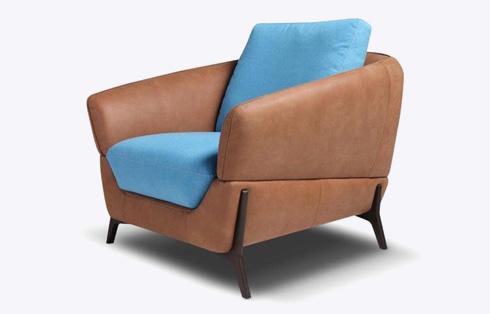 ריפוד עור או ריפוד מבד? כורסא מדגם CELINE, 15,900 שקל. ניקולטי (צילום: גיא שרון)